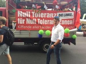 Frank Tempel auf der Hanfparade 2015, das Foto stammt von seiner Facebook Seite